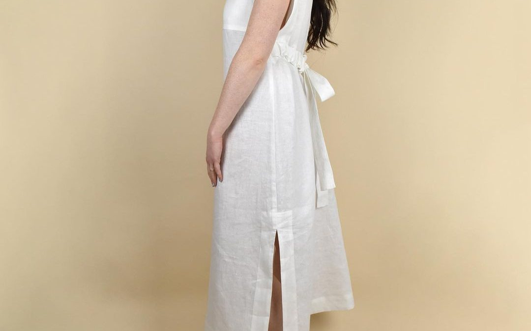 Summer dress anyone? 🤍